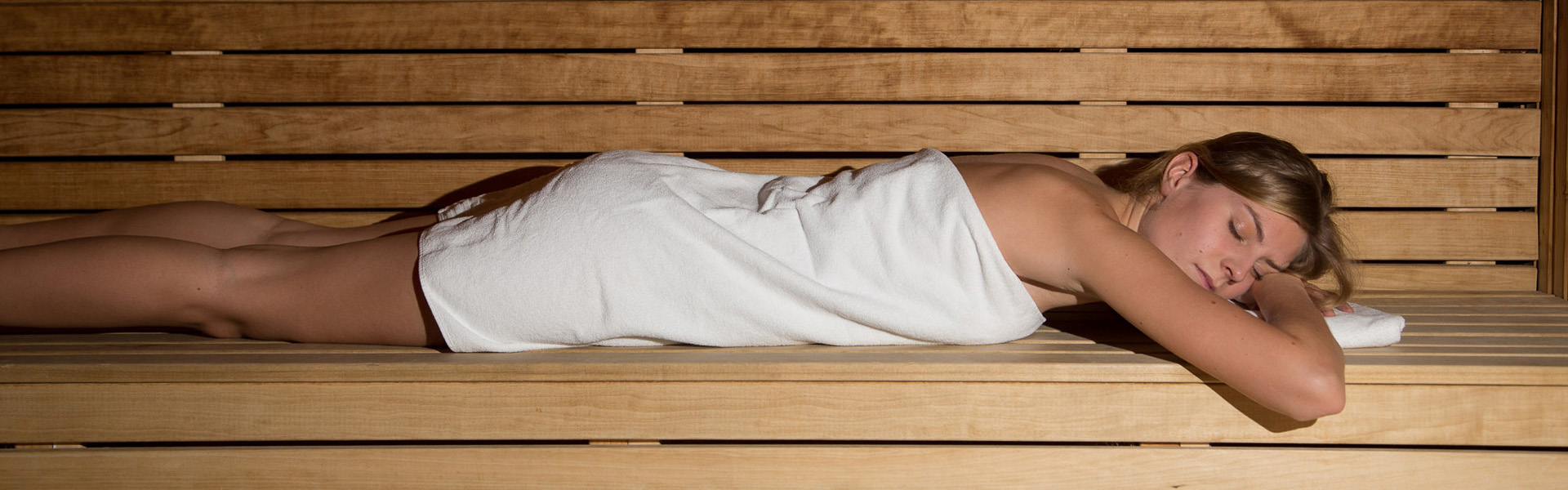 fri massage parlor rida nära gävle
